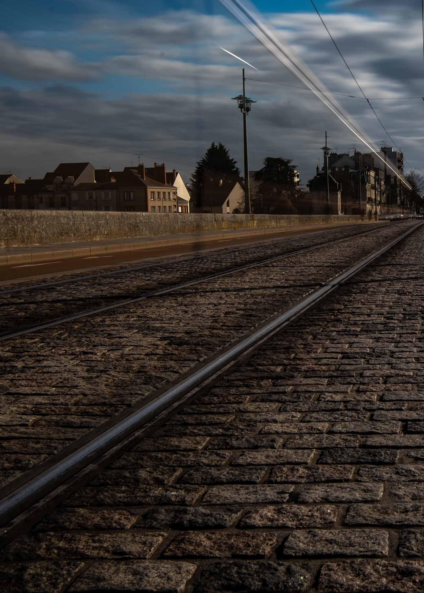 le pont royal avec le tram
